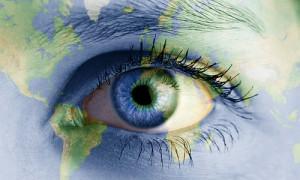 earth_eye_by_genieneovo-d38vay3