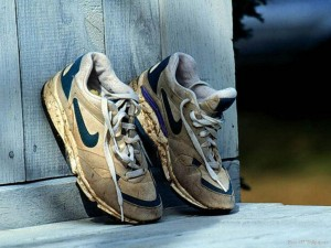 pair_of_nike_running_shoes_in_porch